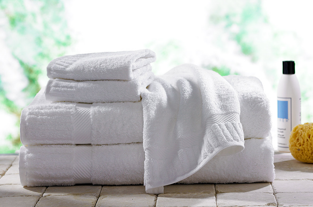 2-linges-serviettes-draps-debarbouillettes-rideau-tapis-salle-de-bain-decoration-meubles-quebec-canada