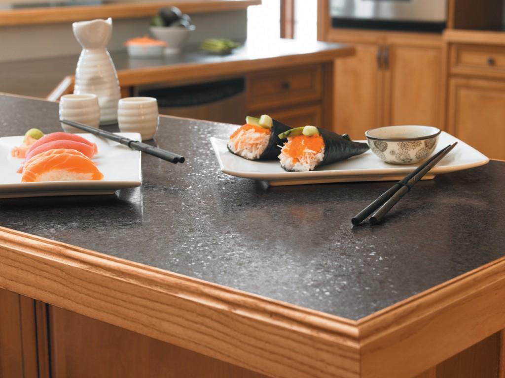 Cuisine comment choisir comptoirs et dosserets - Stratifie dans cuisine ...