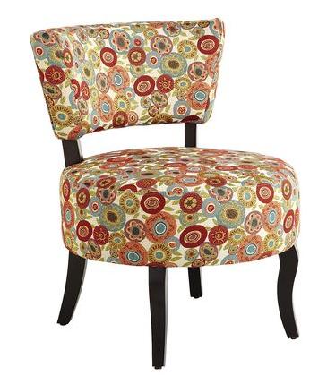 pier_one_import_chaises-fauteuils-chaises-meridiennes-decorer-un-salon-trucs_conseils_comment_decoration_design_interieur_ameublement_quebec_canada