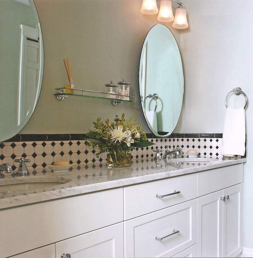 armoires-de-cuisine-dans-salle-de-bain-home_staging_trucs_conseils_comment_cours_home_staging_decoration_design_interieur_ameublement_quebec_canada
