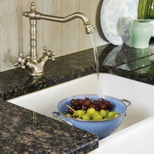 Une jolie robinetterie: un détail qui fait souvent toute la différence! SOURCE: http://housetohome.media.ipcdigital.co.uk