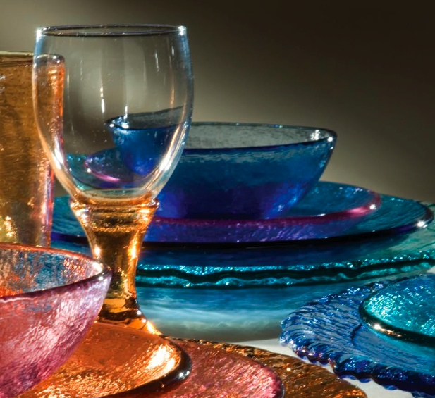 vaisselle-couvert-assiettes-verre-decorer-cuisine-idees-solutions-trucs_conseils_comment_decoration_design_interieur_ameublement_quebec_canada