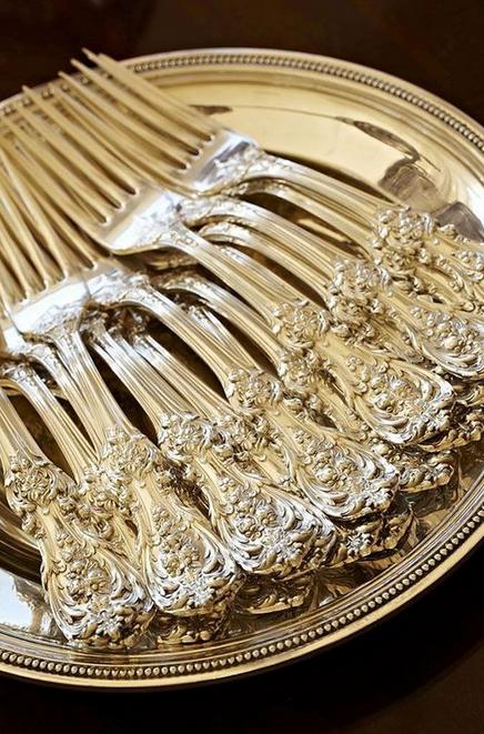 argenterie-coutellerie-ustensiles-argent-vaisselle-art-de-la-table-couverts-salle-a-manger-diner-decoration-meubles-quebec-canada