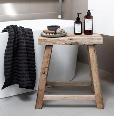 chaise-banc-idees-solutions-rangement-salle-de-bain-decoration-meubles-quebec-canada