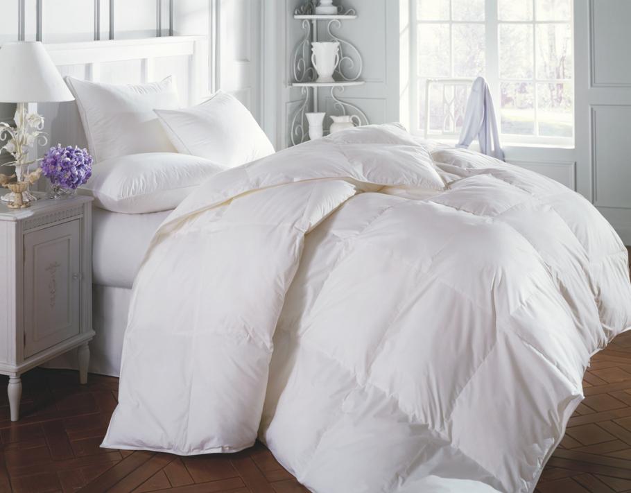 couvre-lit-couette-literie-habillage-fenetres-meubles-quebec-canada