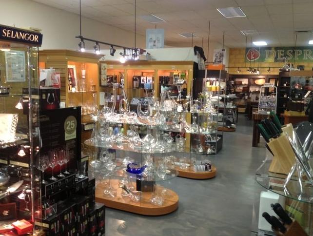 depres-laporte--bar-cellier-refroidisseur-cave-vin-vins-salle-a-manger-the-cafe-decoration-meubles-quebec-canada