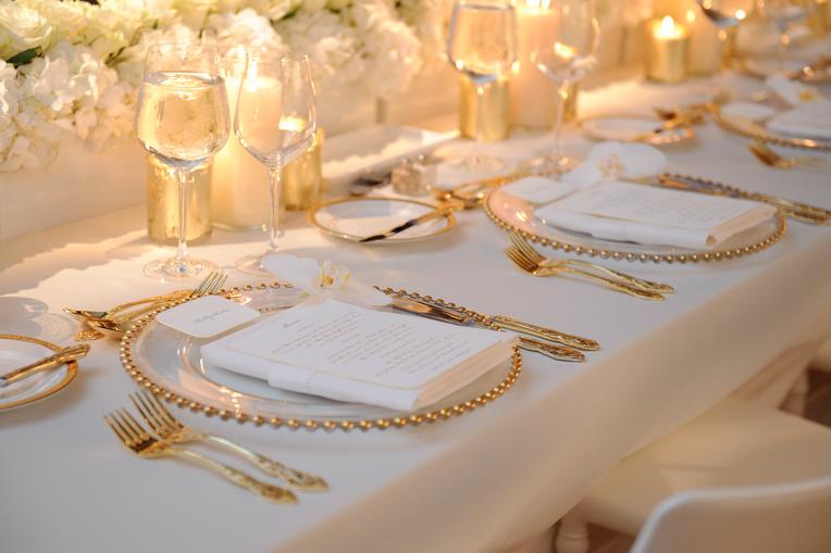 ensemble-formel-vaisselle-art-de-la-table-couverts-salle-a-manger-diner-decoration-meubles-quebec-canada