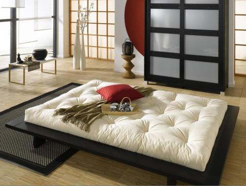 Oui, c'est possible de réaliser un joli design avec un futon: suffit... de bien le choisir!