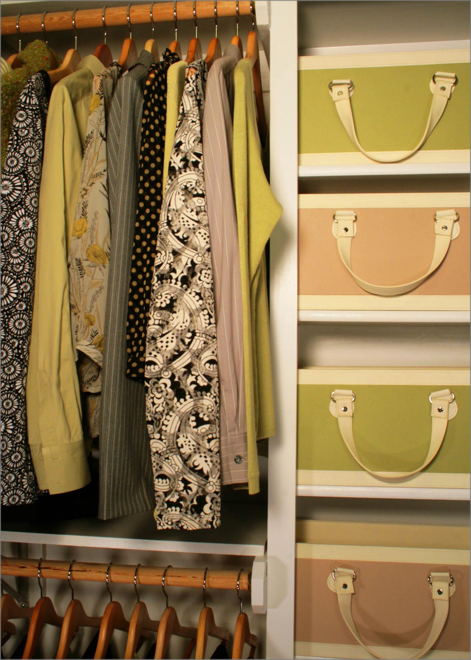 Rangement walk in garde robe unit murale armoire tag re de quel type tes vous - Reposez vous dans un hamac design ...