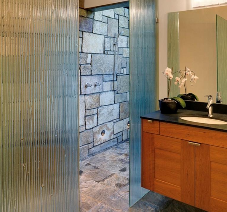 idees-decor-grande-salle-de-bain-meubles-quebec-canada