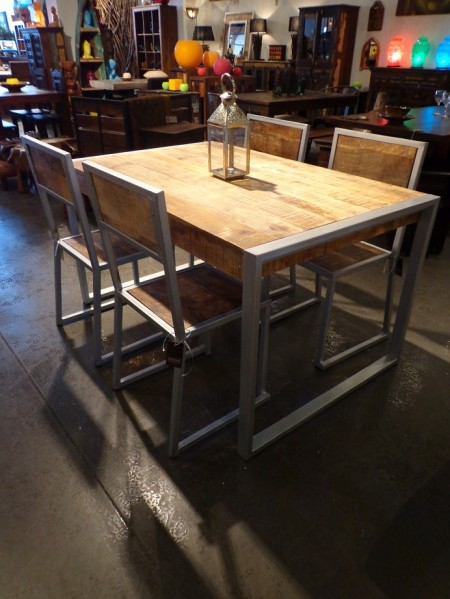 kif-kif-import-table-metal-bois-decor_industriel_ameublement_quebec_canada
