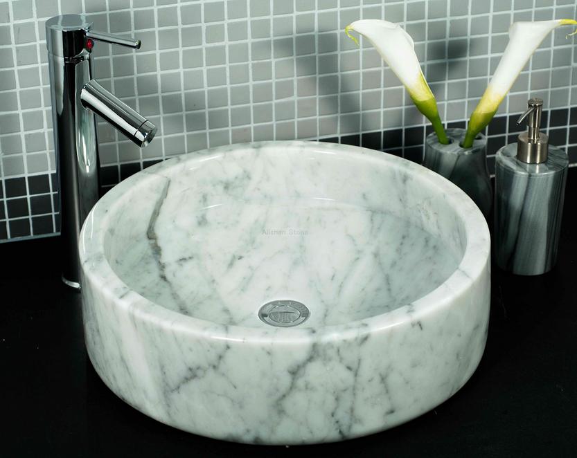 salle de bain comment choisir le bon lavabo et la bonne robinetterie. Black Bedroom Furniture Sets. Home Design Ideas