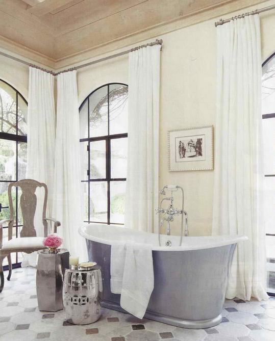 panneaux-de-rideaux-habillage-de-fenetres-salle-de-bain-decoration-meubles-quebec-canada