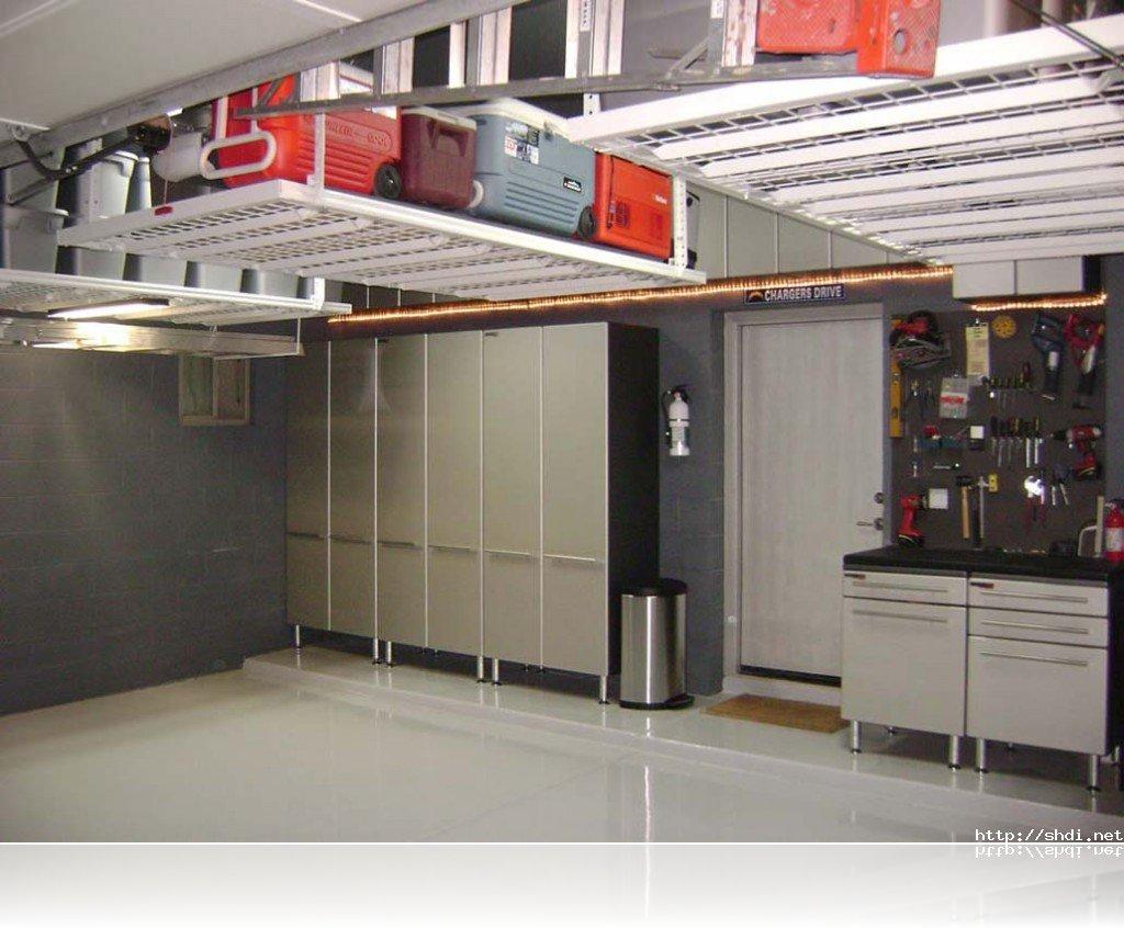 plafond-espace-vertical-rangement-menage-tri-epuration-decorer_deco_idees_solutions_trucs_conseils_comment_decoration_interieure_design_interieur_ameublement_quebec_canada