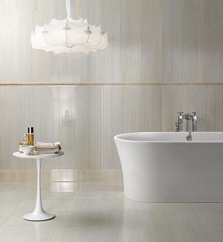 Salle de bain comment choisir le bon carrelage pour les for Tablette porcelaine salle de bain