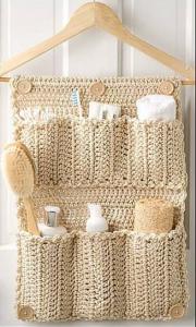 rangement-derriere-porte-idees-solutions-rangement-salle-de-bain-decoration-meubles-quebec-canada