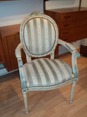re-design_chaise-provincial-francais-ameublement_quebec_canada