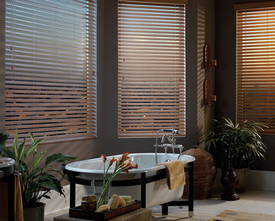 Salle de bain: Comment choisir le bon habillage de fenêtres