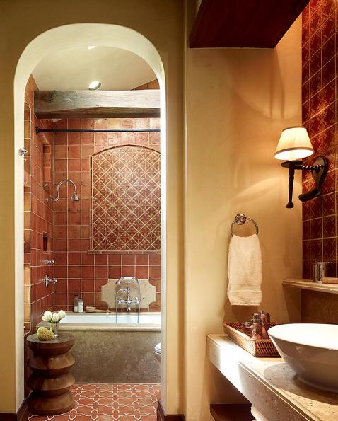 terre-cuite-terracotta-salle-de-bain-carrelage-carreaux-tuiles-meubles-quebec-canada
