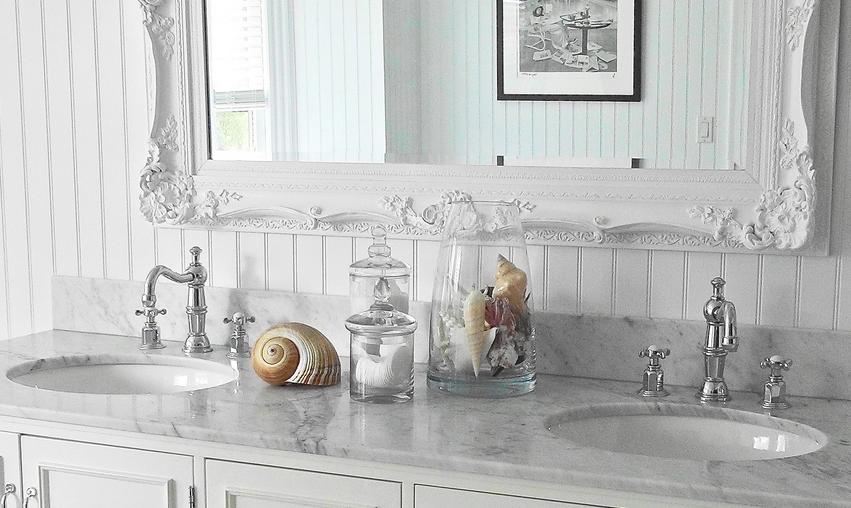 textures-blanc-lumineux-idee-decor-petite-salle-de-bain-meubles-quebec-canada