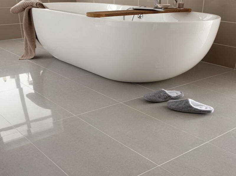 cost to install ceramic tile in bathroom comment choisir le bon rev 234 tement de plancher 26008