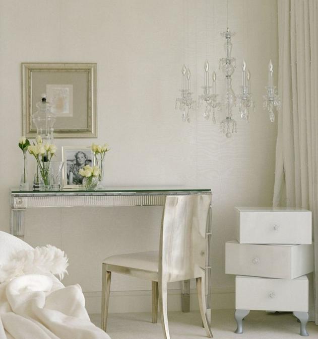 un-bureau-elegant-pour-chambre-a-coucher-meubles-quebec-canada