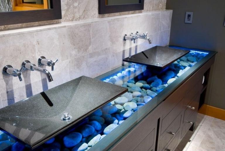 verre-2-comptoirs-salle-de-bain-decoration-meubles-quebec-canada
