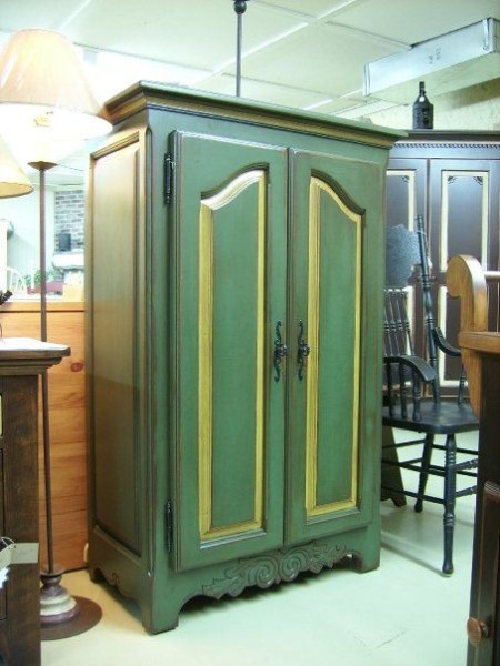 vieille-fabrique-reproduction-armoire—antique-ameublement_quebec_canada